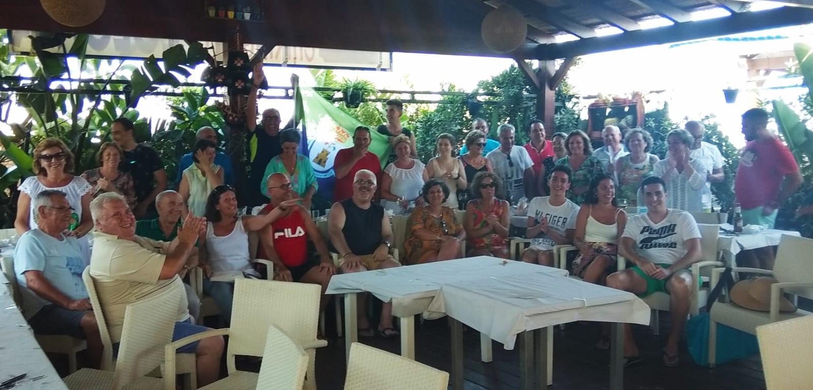 Photo of Un grupo de mancharrealeños disfrutan de su «1º Quedada en Torre del Mar»