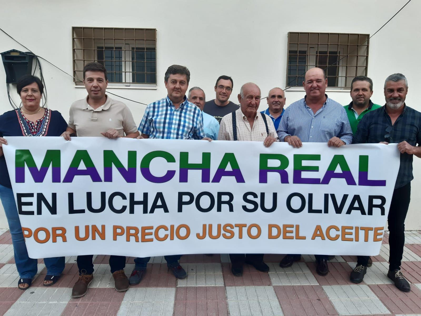 Photo of Mas de 200 agricultores locales estuvieron en Madrid en las protestas por el bajo precio del aceite