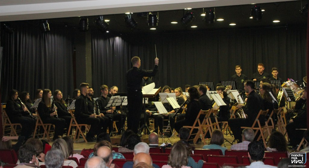 Photo of La A.M. «Amigos de la Música» comienzan los actos de Santa Cecilia con un gran concierto