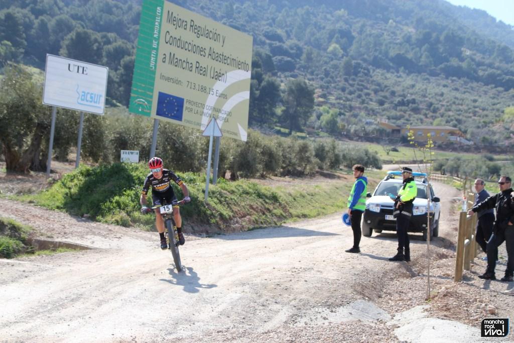 Photo of Imágenes espectaculares de la Andalucía Bike Race a su paso por Mancha Real