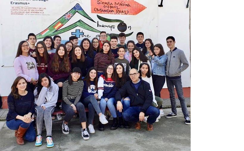 Photo of El IES Sierra Mágina organiza su tercer intercambio, en esta ocasión con alumnos franceses