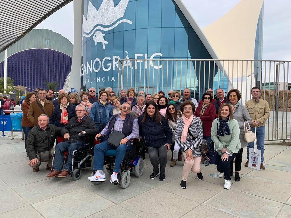 Photo of El viaje de jubilados y pensionistas en el 2º grupo, visitan el Oceanográfic