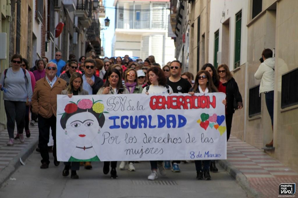 Photo of El Día Internacional de la Mujer se celebró en Mancha Real con una marcha por la igualdad